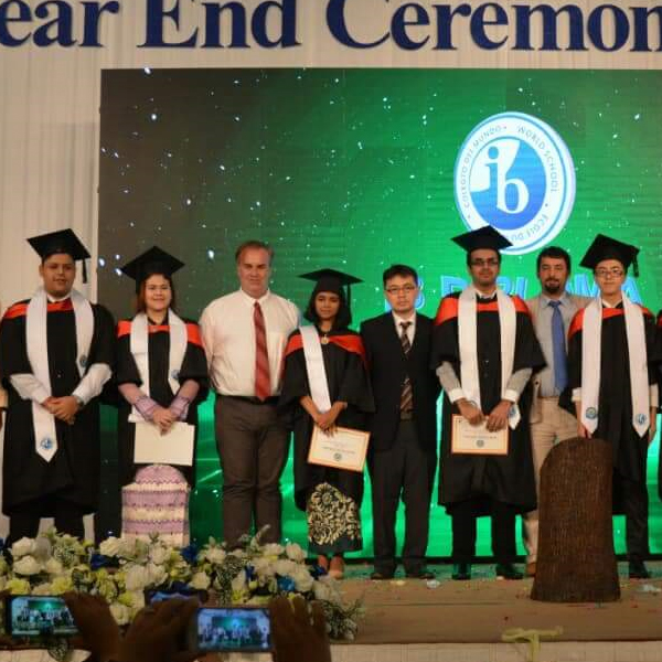 Congratulations to our IB Diploma Graduates.
