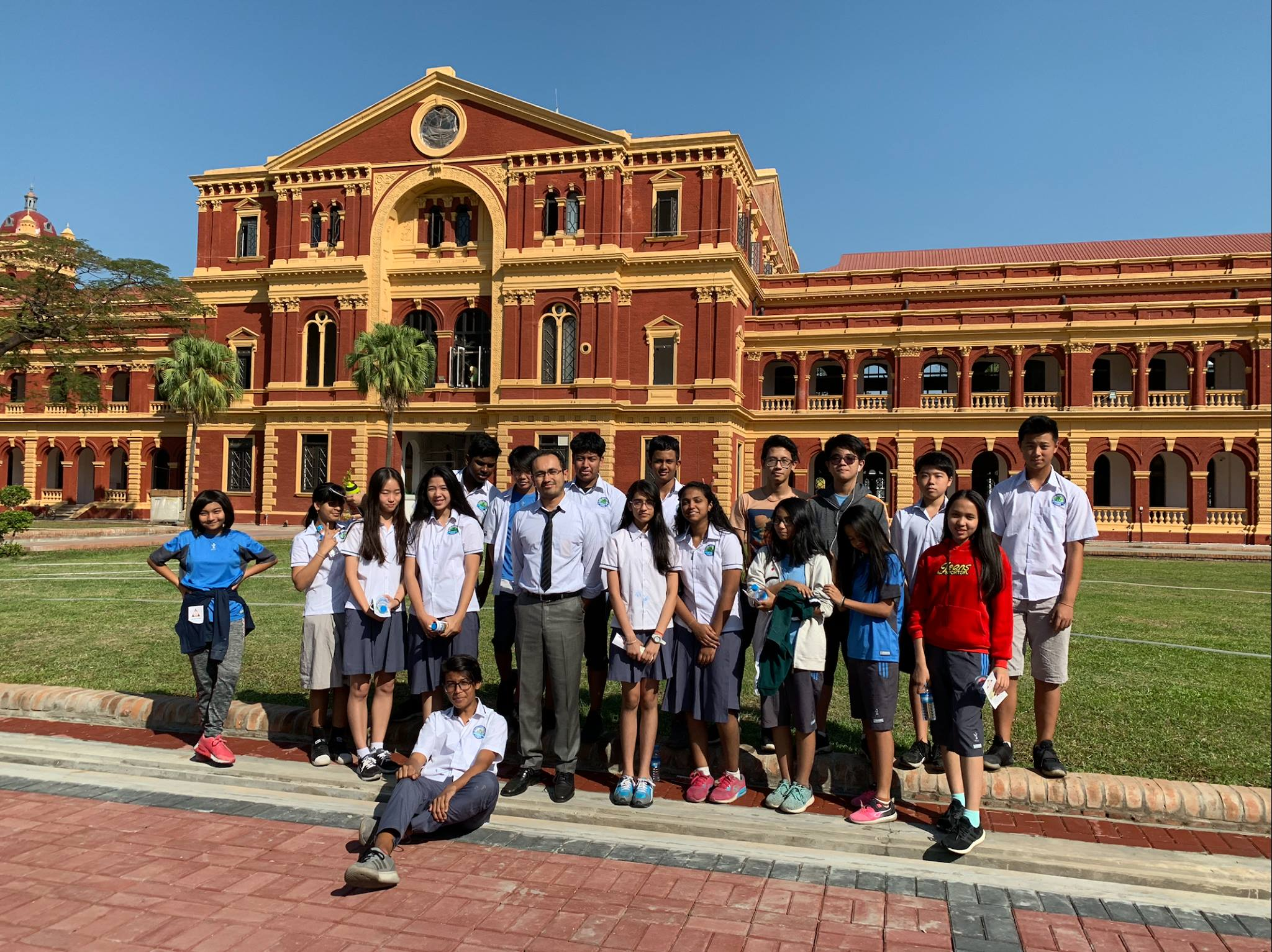 Our Students visit to The Secretariat